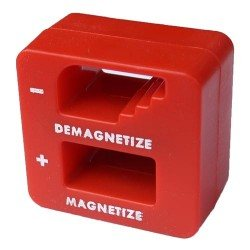 Csavarhúzó mágnesező